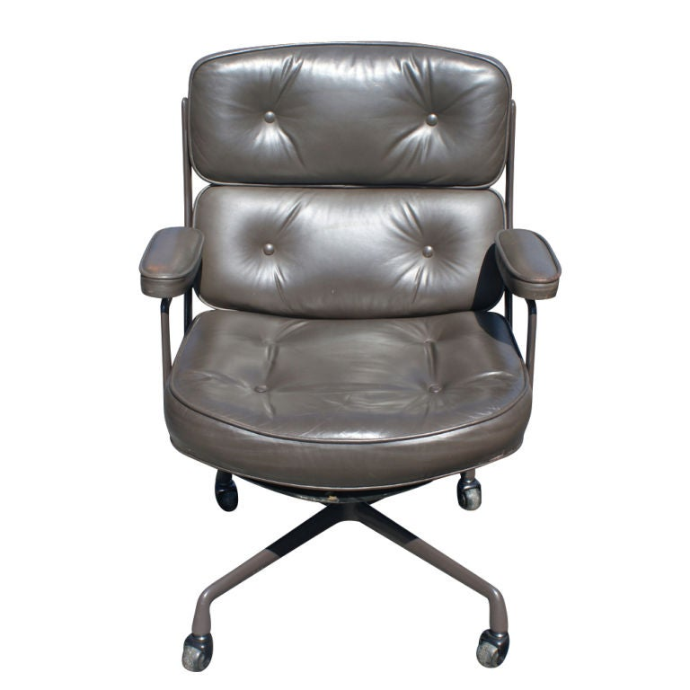 1 Eames Executive Time Life Chairs For Herman Miller 3