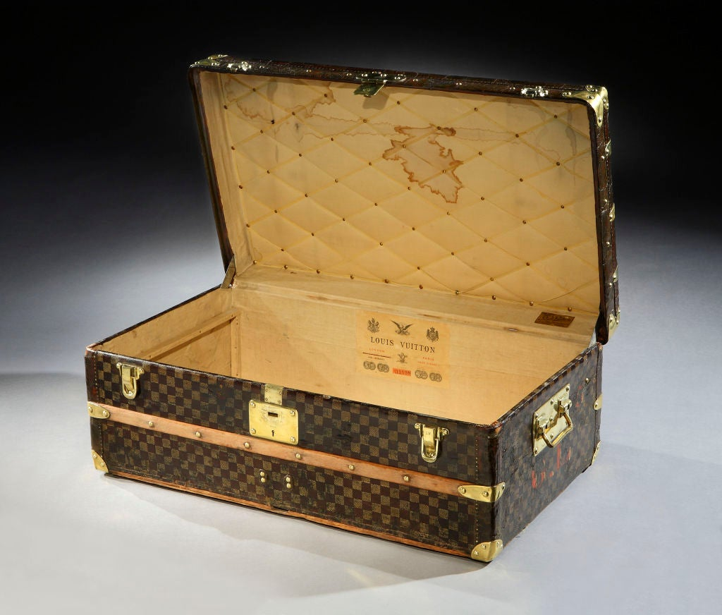 Louis Vuitton: a fine 'Malle Cabine' (cabin trunk), in the rare Damier pattern, with all brass handles and leather trim.