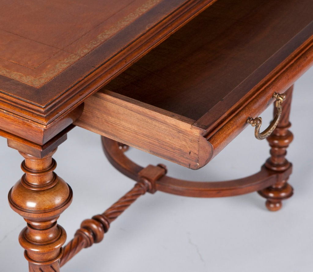 Louis philippe writing table at 1stdibs for Table 6 pieds louis philippe