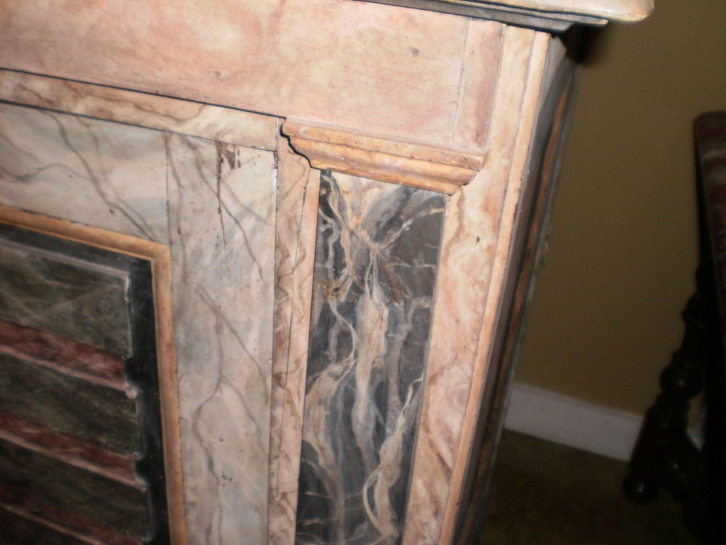 18th Century Italian Credenza From Tuscany For Sale 2