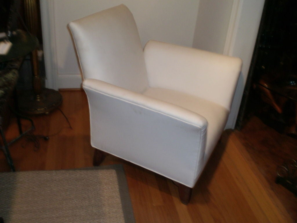 French Art Deco Walnut Club Chair Inspired by André Arbus For Sale 1