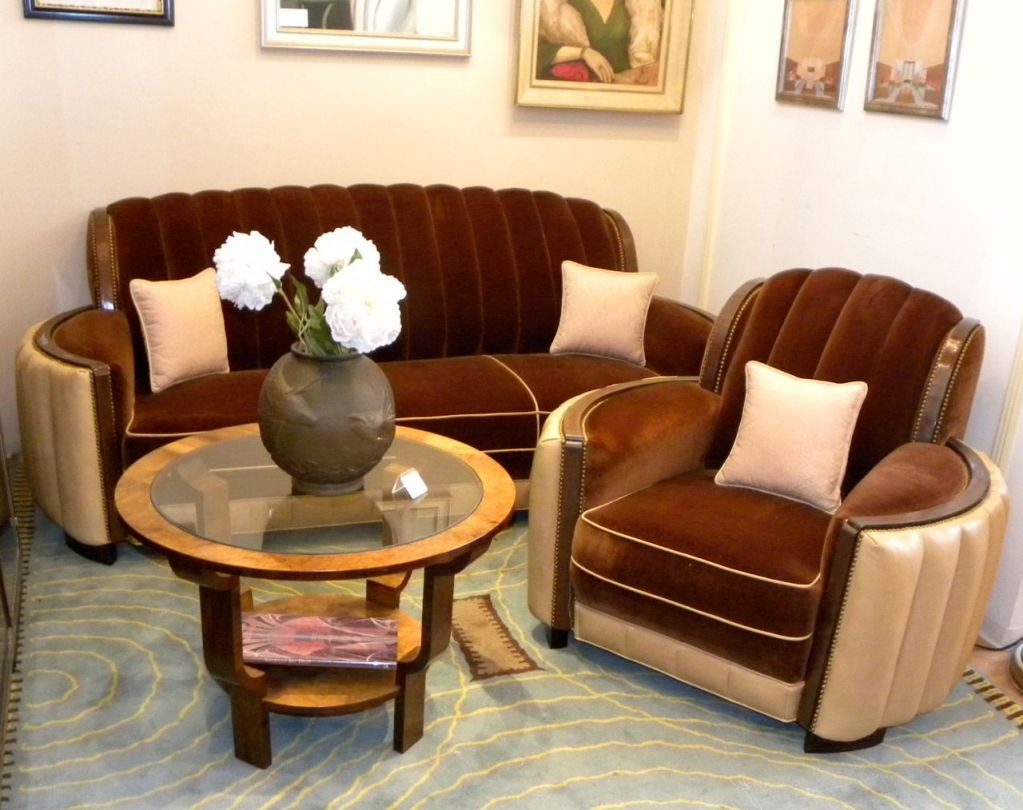 American art deco sofa suite great hollywood style and for Art deco style living room furniture