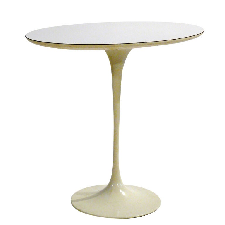 saarinen table lookup beforebuying. Black Bedroom Furniture Sets. Home Design Ideas