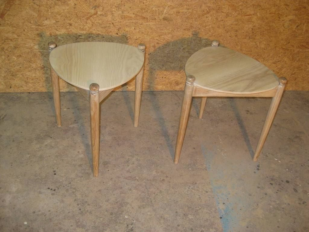 Pair Of White Washed Small Oak End / Side Tables At 1stdibs
