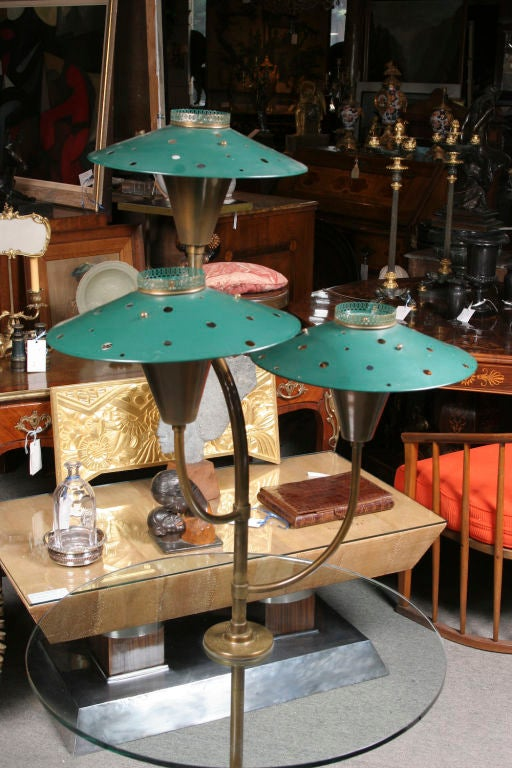 Pair of Painted Tole Glass and Brass lamp tables In Good Condition For Sale In Montreal, QC