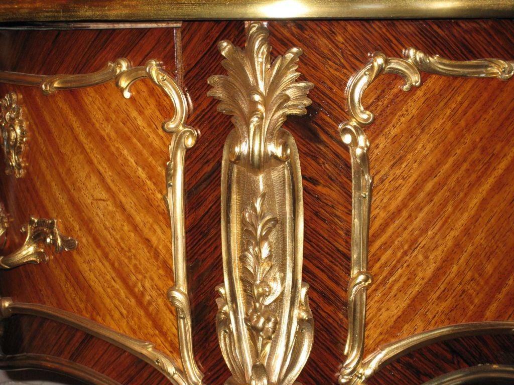 19th Century Louis XV Style Desk a Rognon For Sale