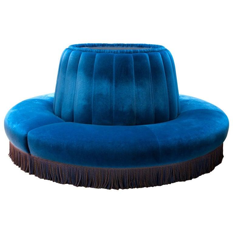 Vintage Blue Lounge