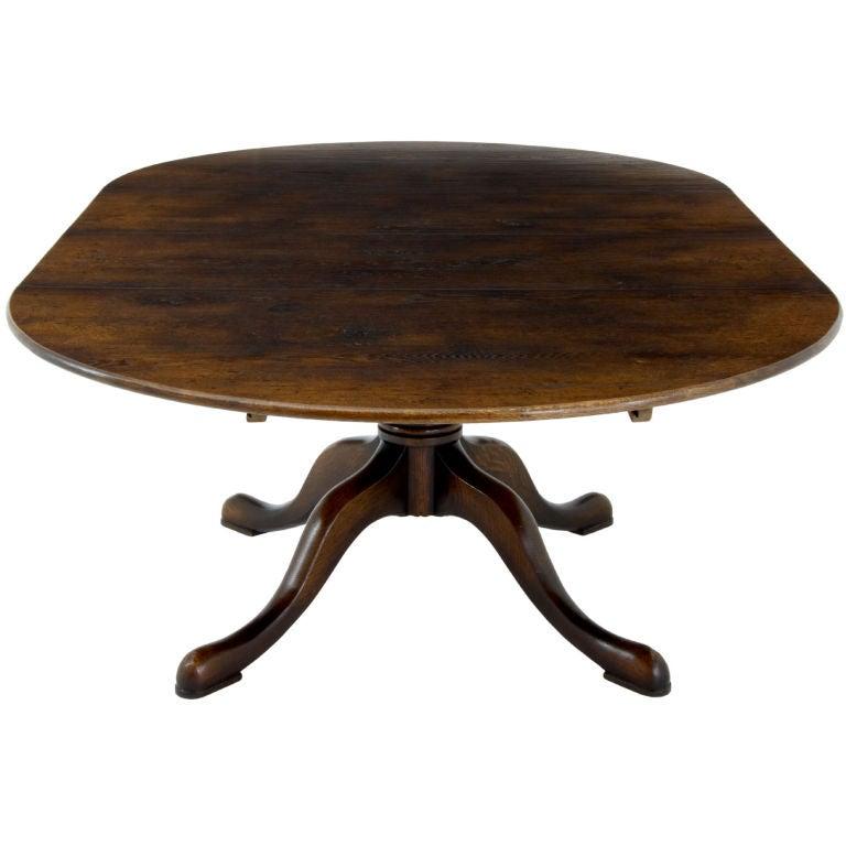 18th century style very practical extending oak dining  : XXXoakextendingdiningroomtable671 from www.1stdibs.com size 768 x 768 jpeg 38kB