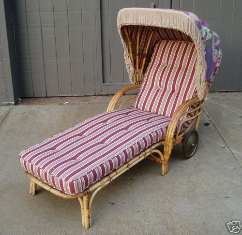 Vintage rattan chaise lounge with sunshade at 1stdibs for Antique wicker chaise lounge