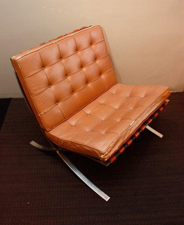 Vintage barcelona chair 1940 at 1stdibs - Mobles vintage barcelona ...