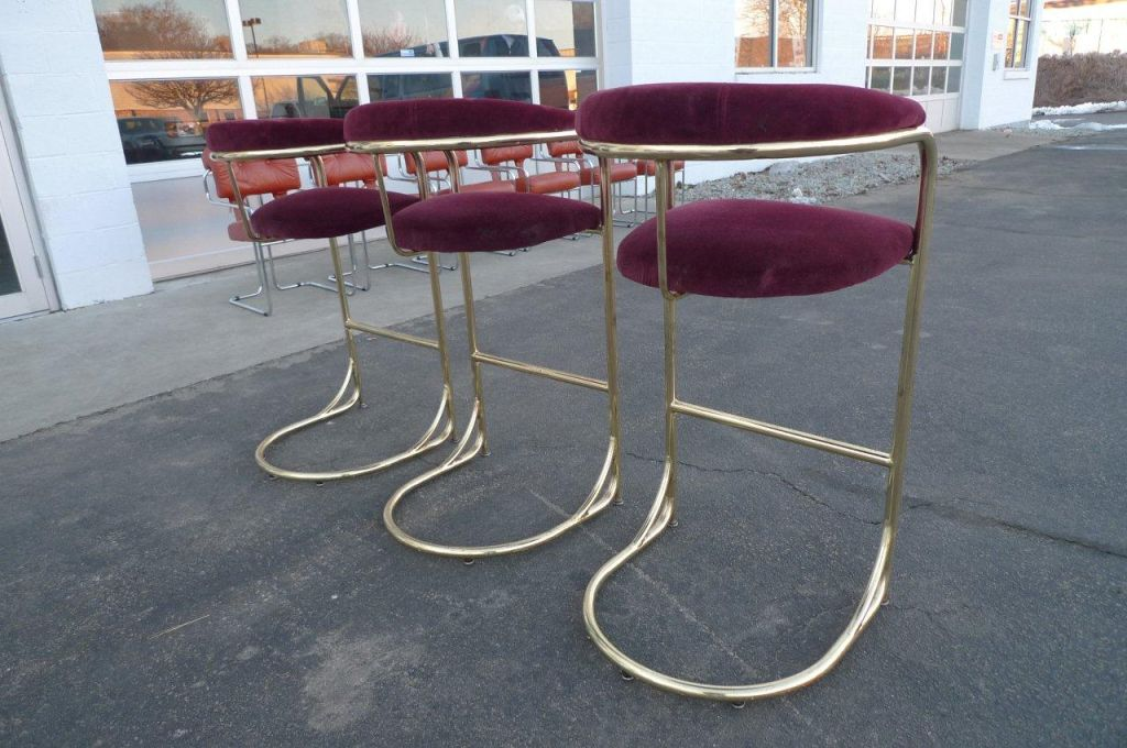 Set Of Three Vintage Tall Br Bar Stools By Shelby Williams