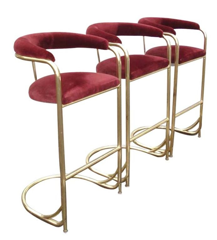 Set of 3 Vintage Brass Bar Stools by Shelby WIlliams at  : 886612676241471 from 1stdibs.com size 694 x 767 jpeg 44kB
