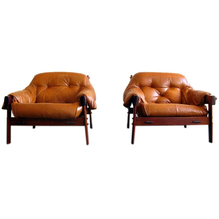 Leather and Jacaranda Wood Chairs by Percival Lafer 1