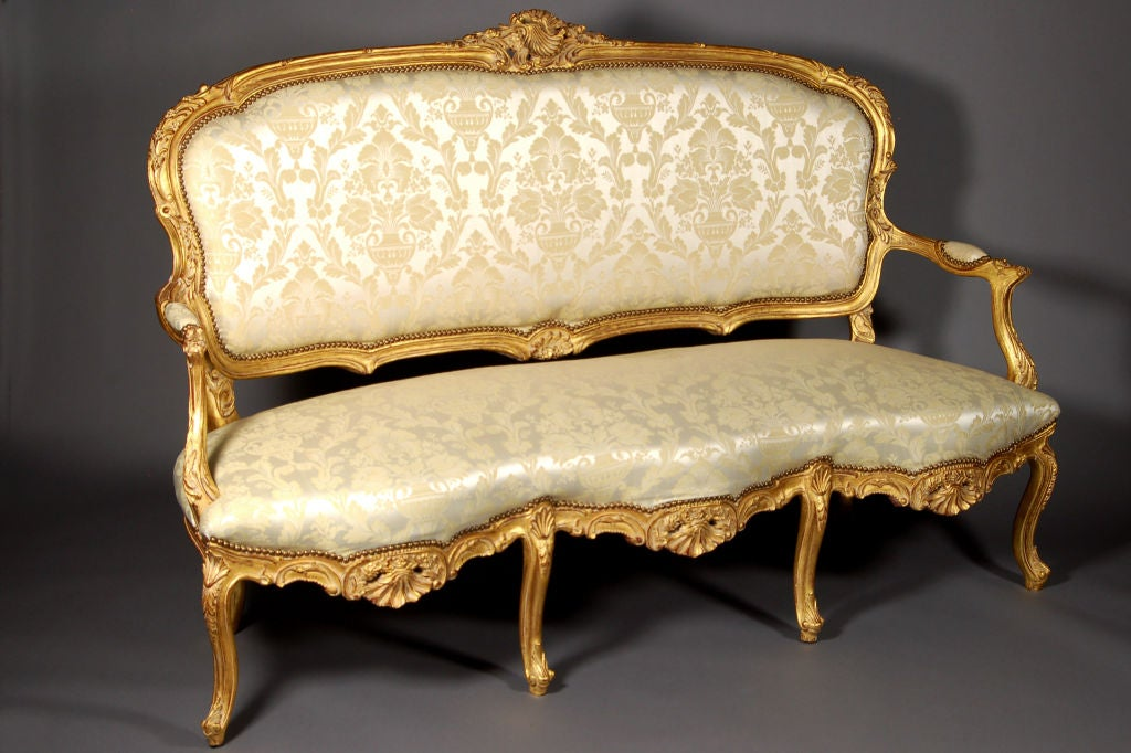 Louis XV Italianate Style Beechwood Sofa 7