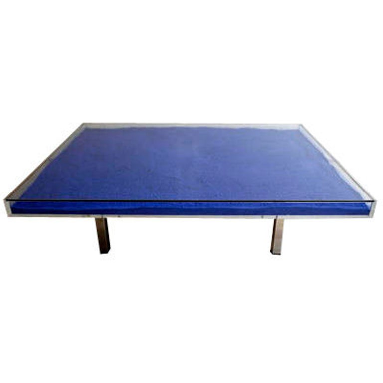 Table Klein Blue™ by Yves Klein For Sale