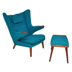 Hans Wegner - Papa Bear Chair with Ottoman