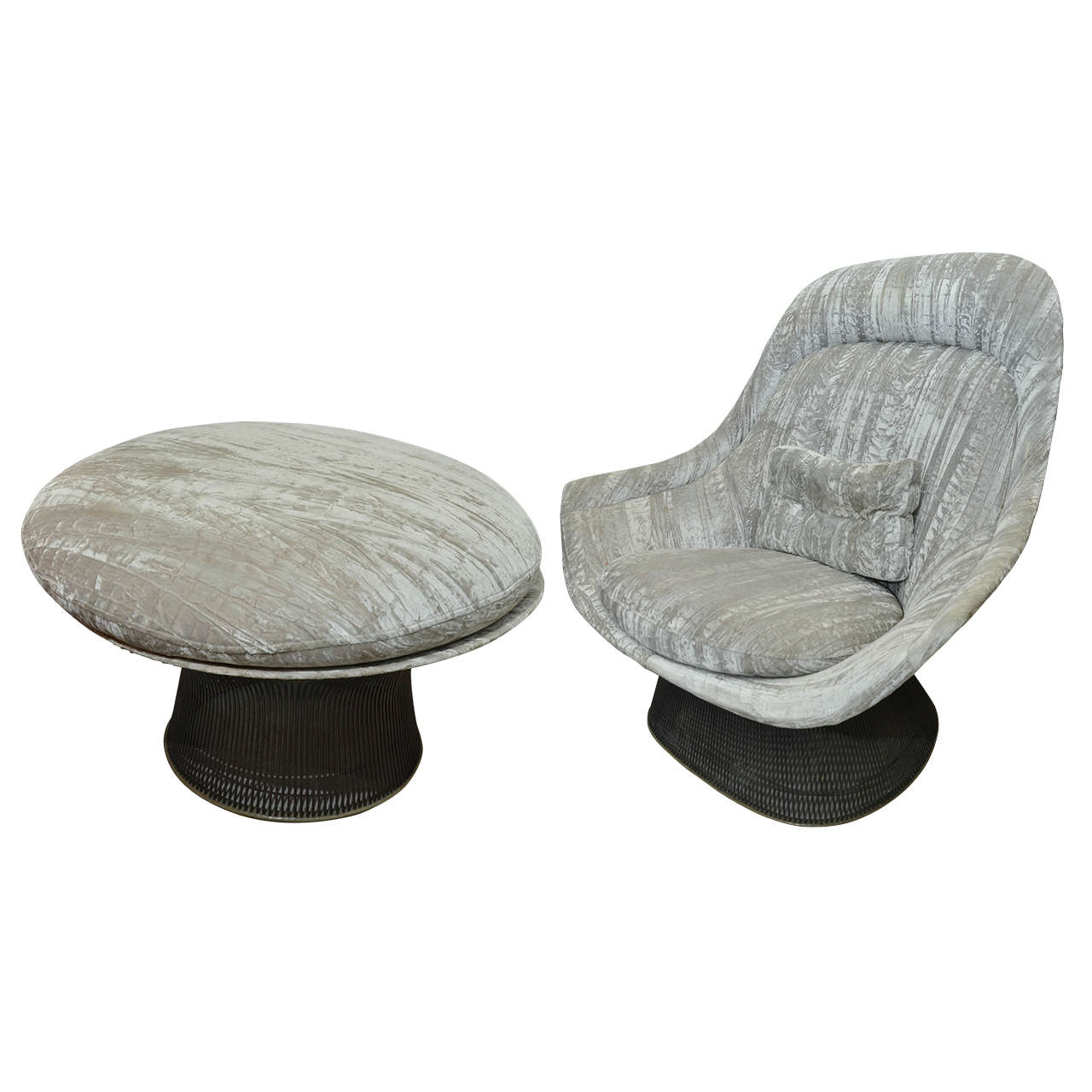 Pair Of Warren Platner Chairs And One Ottoman At 1stdibs
