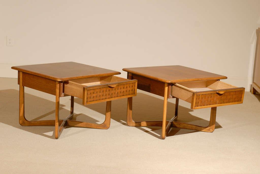 Superbe Mid Century Modern Pair Of Warren Church For Lane Walnut Basket Weave End  Tables For