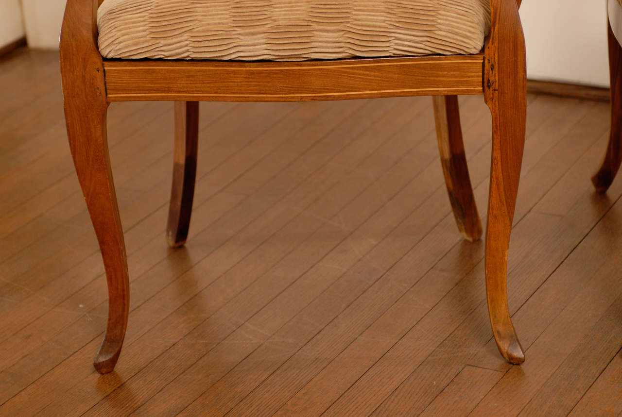 Beautiful Pair of Art Deco Burl Walnut Barrel Back Armchairs For Sale 1
