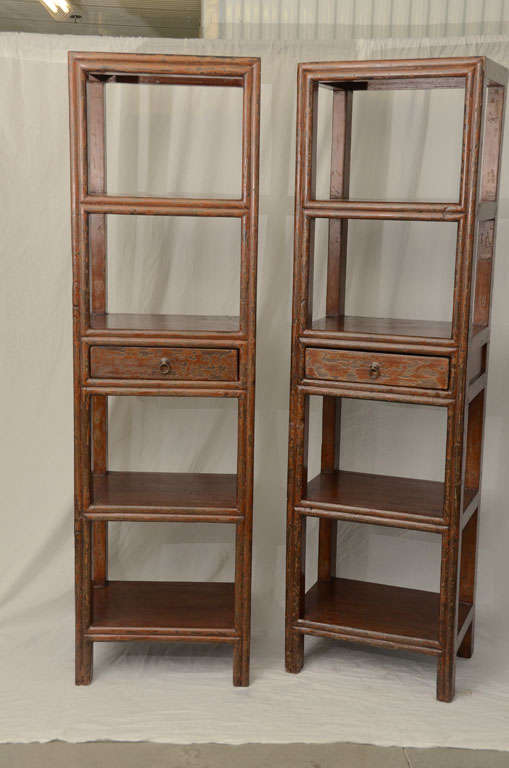 19thC. Q'ing Dynasty Jiangsu Crackle Lacquered Opened Bookcase 2