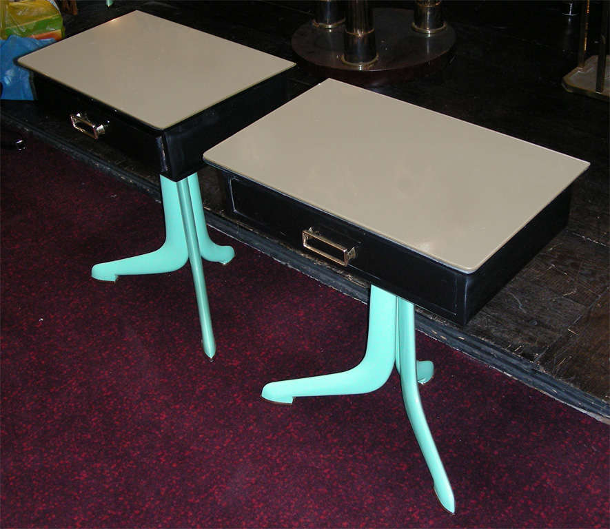 Two 1950s Italian Night Stands image 2