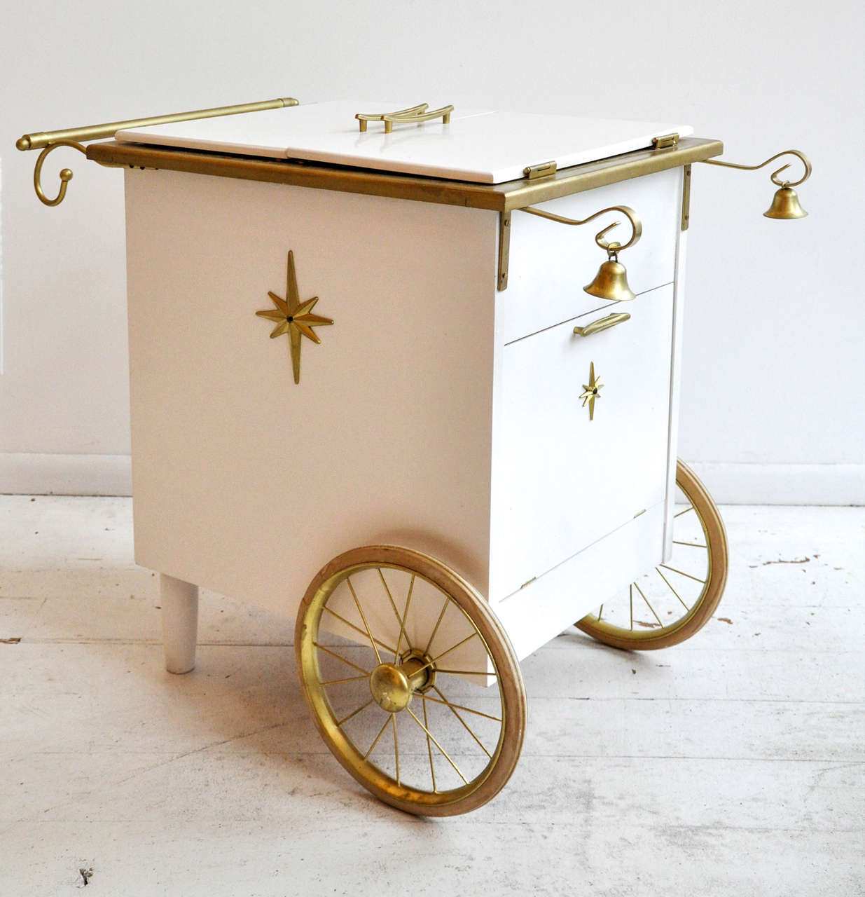 Vintage Ice Cream Style Bar Cart 2