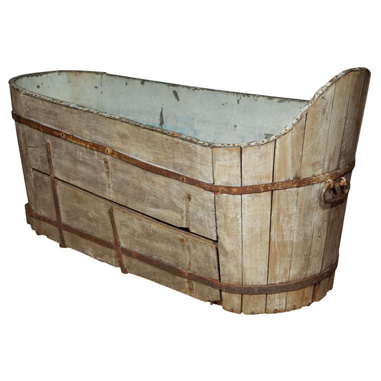 Antique wooden and copper bath at 1stdibs for Furniture and fixtures