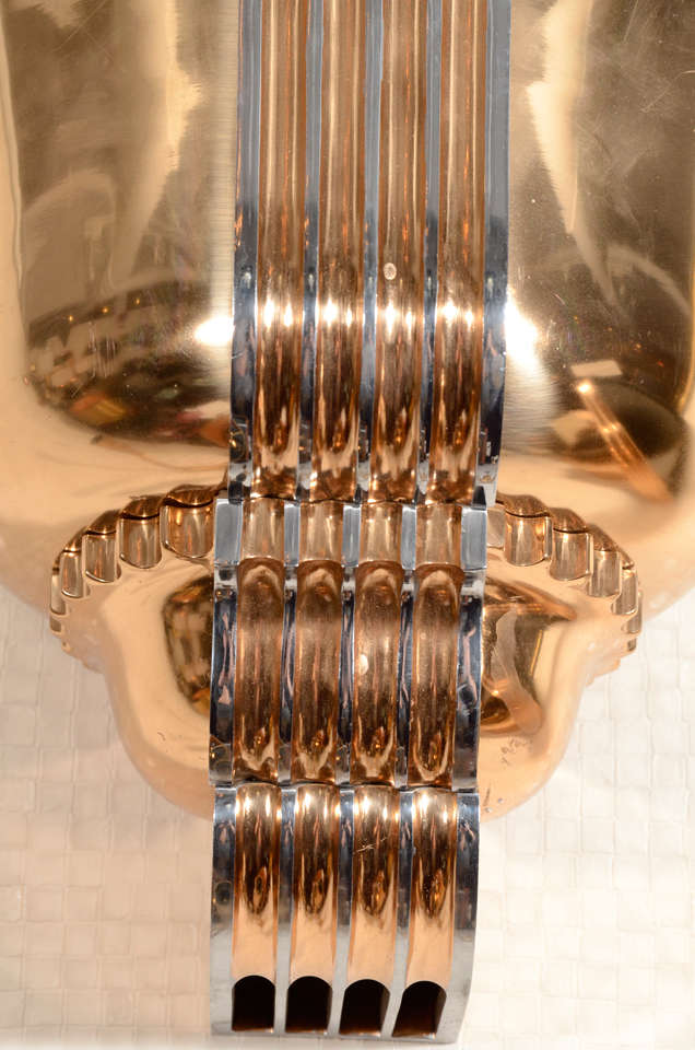 Awesome Pair of Art Deco Polished Bronze Sconces In Excellent Condition For Sale In New York, NY