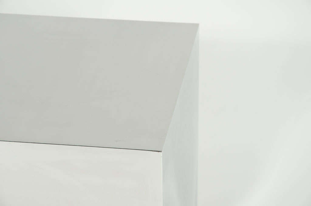 Mirror Polished Steel Cube Rolling Table For Sale At 1stdibs