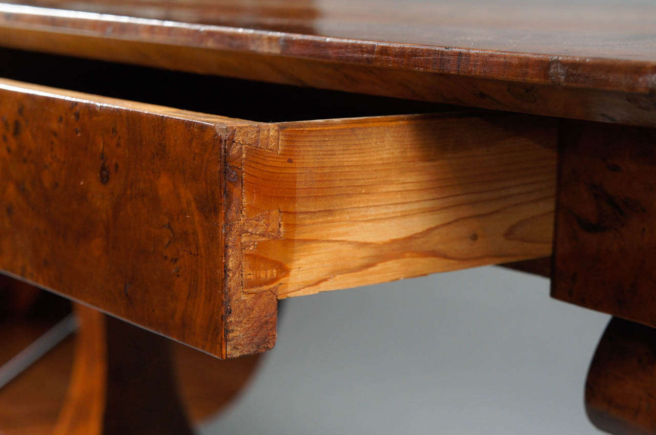 Biedermeier Desk with Burl and Inlay For Sale 3