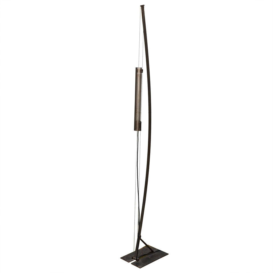 1980s industrial style floor lamp at 1stdibs. Black Bedroom Furniture Sets. Home Design Ideas