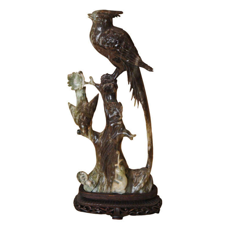"""FABULOUS GREEN HAND CARVED JADE GLASS BIRD PARROT BUTTON 1-5//16/"""""""