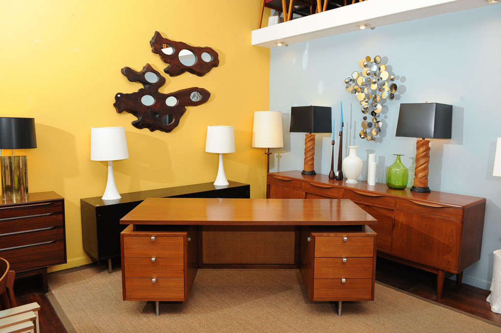 American George Nelson Executive Desk