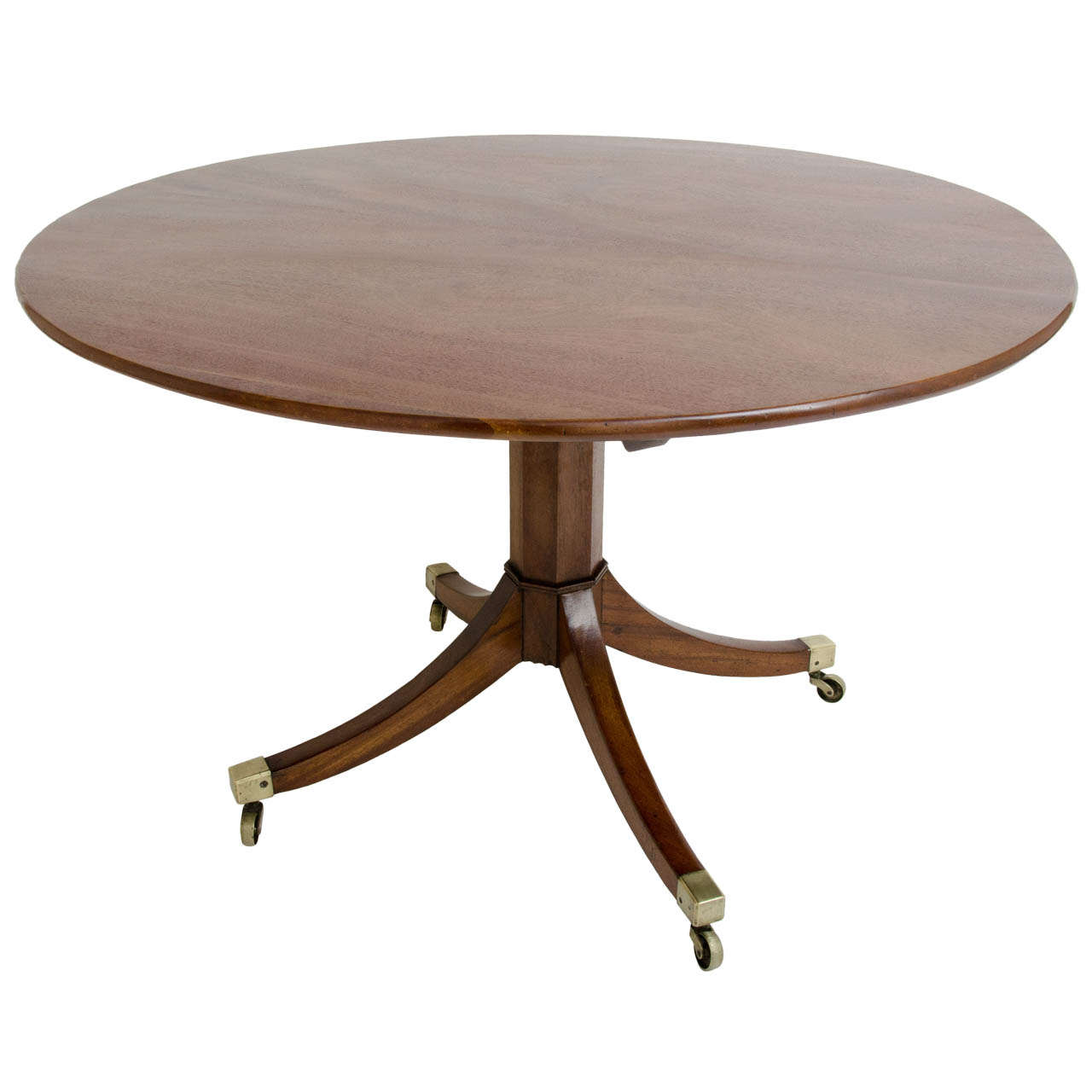 Early 19th century regency mahogany center table at 1stdibs for Table th center