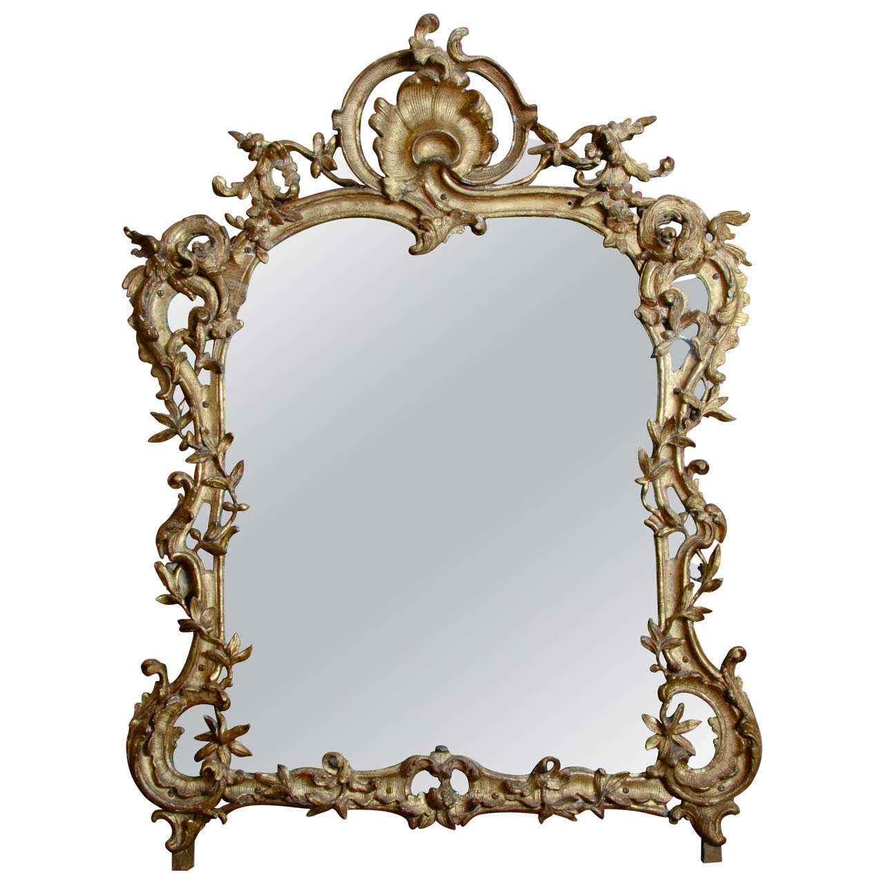 A french louis xv carved giltwood mirror at 1stdibs for Miroir zig zag