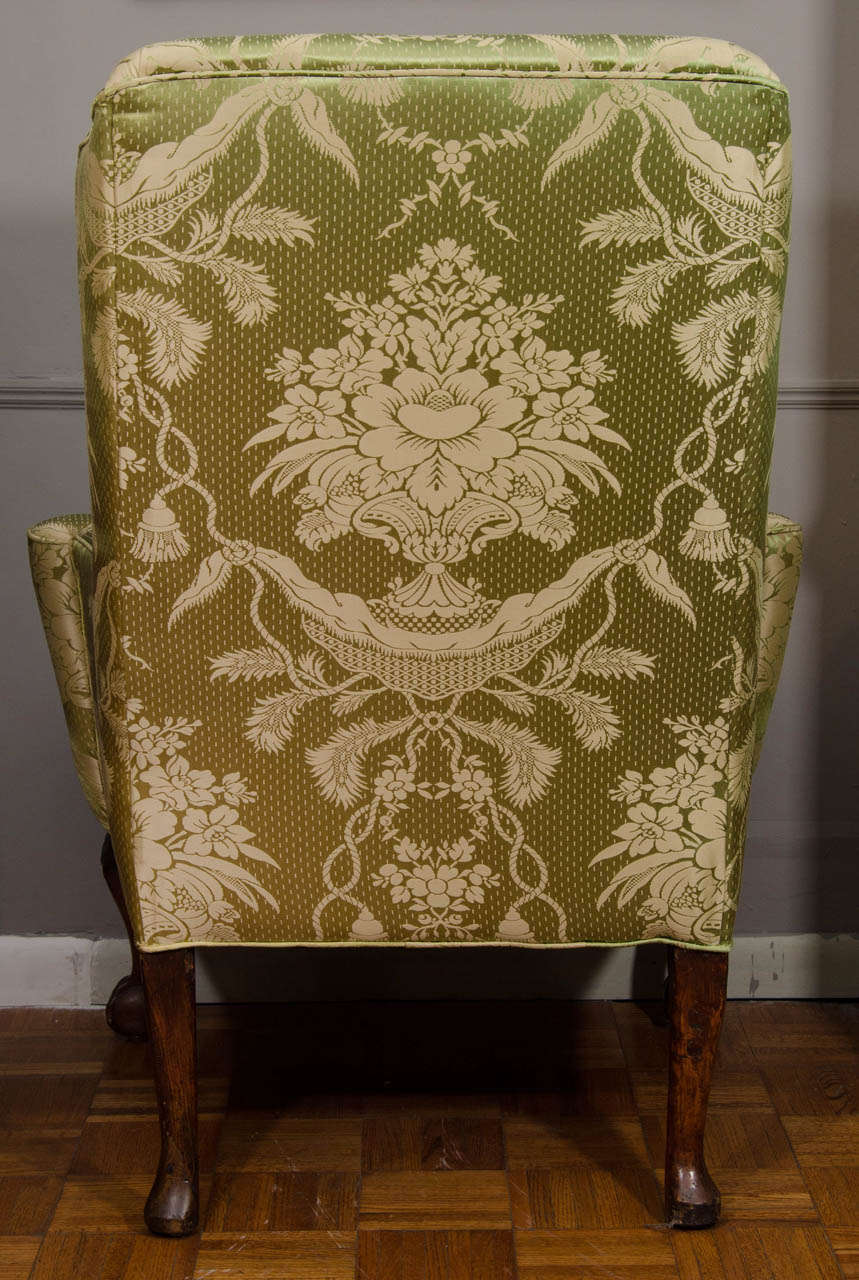 18th Century Walnut Wing Chair For Sale 1