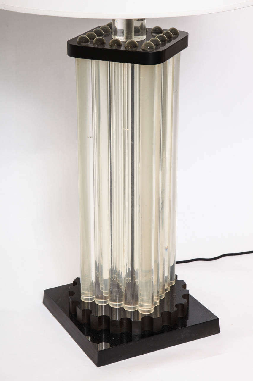 Table Lamp American Modernist Lucite and Bakelite, 1930s In Good Condition For Sale In New York, NY