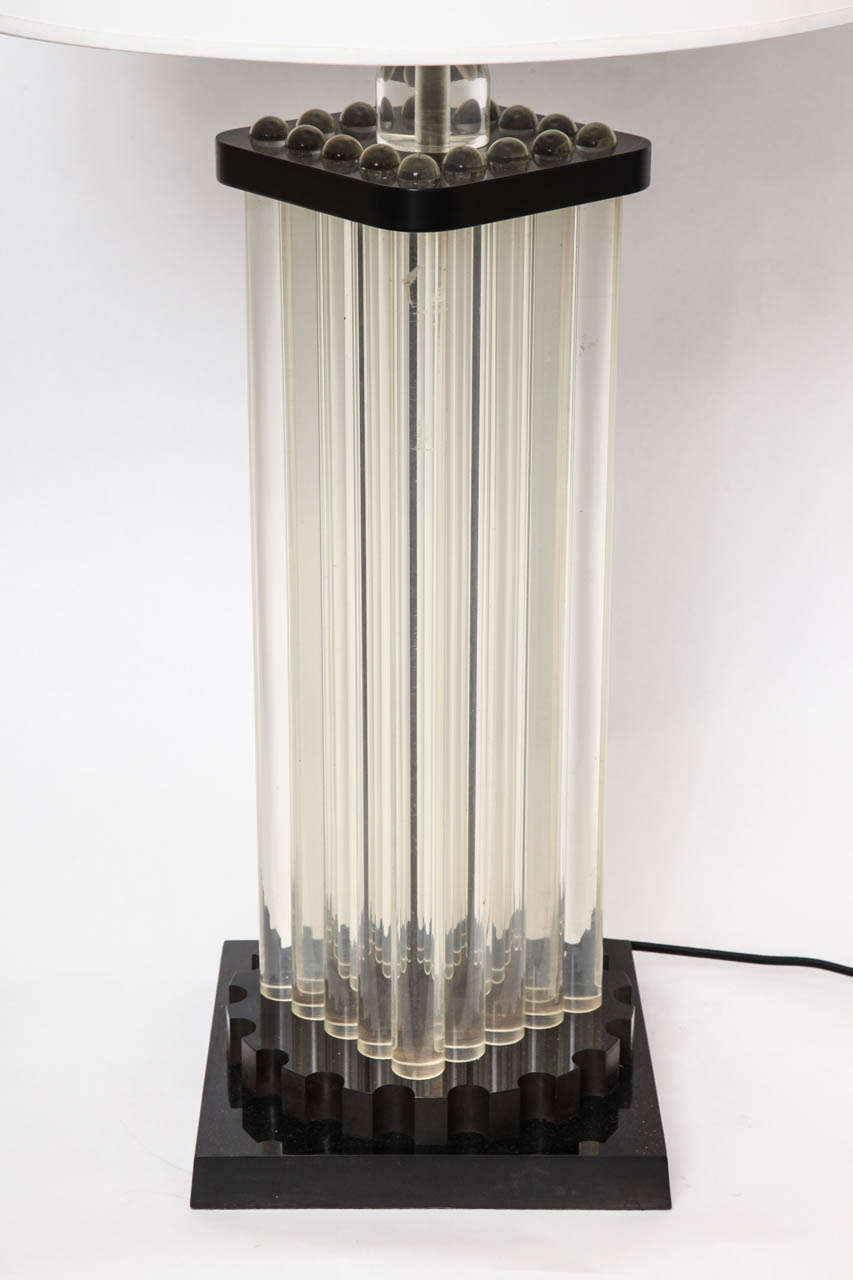 Table Lamp American Modernist Lucite and Bakelite, 1930s For Sale 1