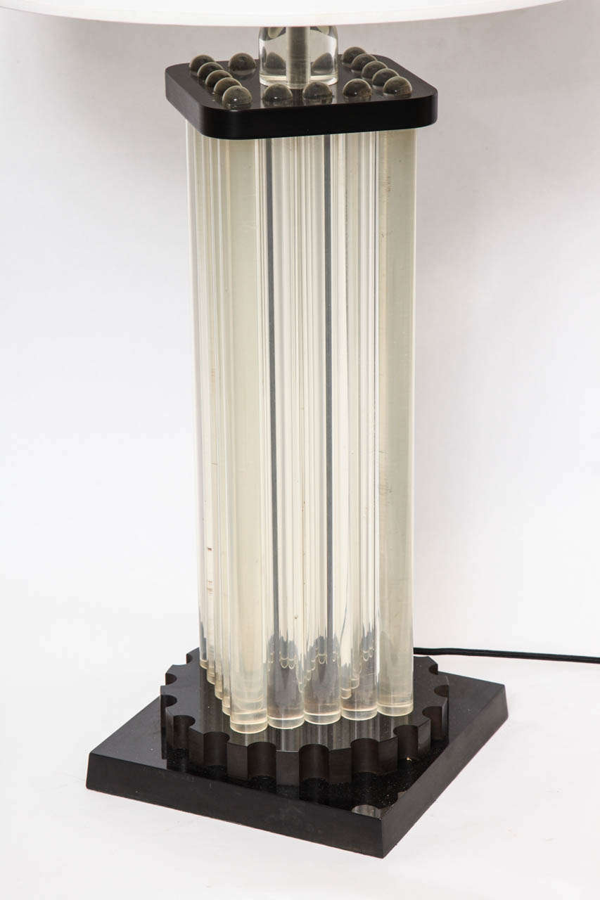 Table Lamp American Modernist Lucite and Bakelite, 1930s For Sale 3