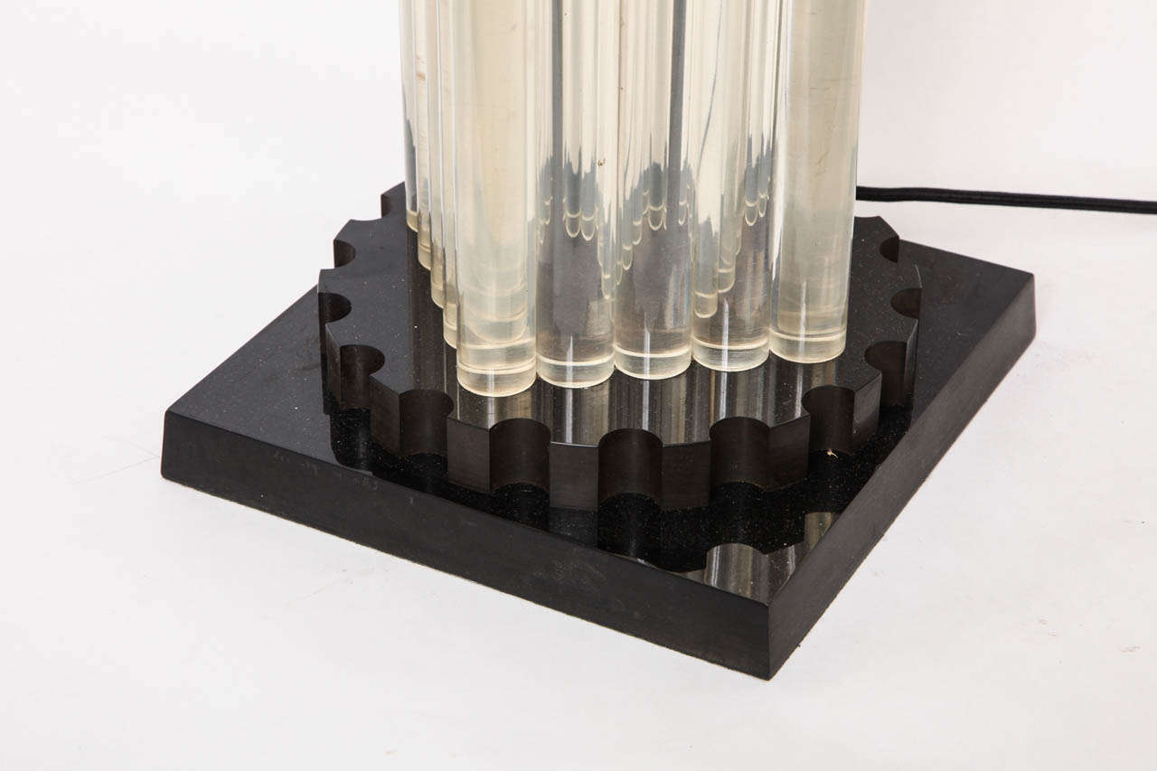 Table Lamp American Modernist Lucite and Bakelite, 1930s For Sale 2