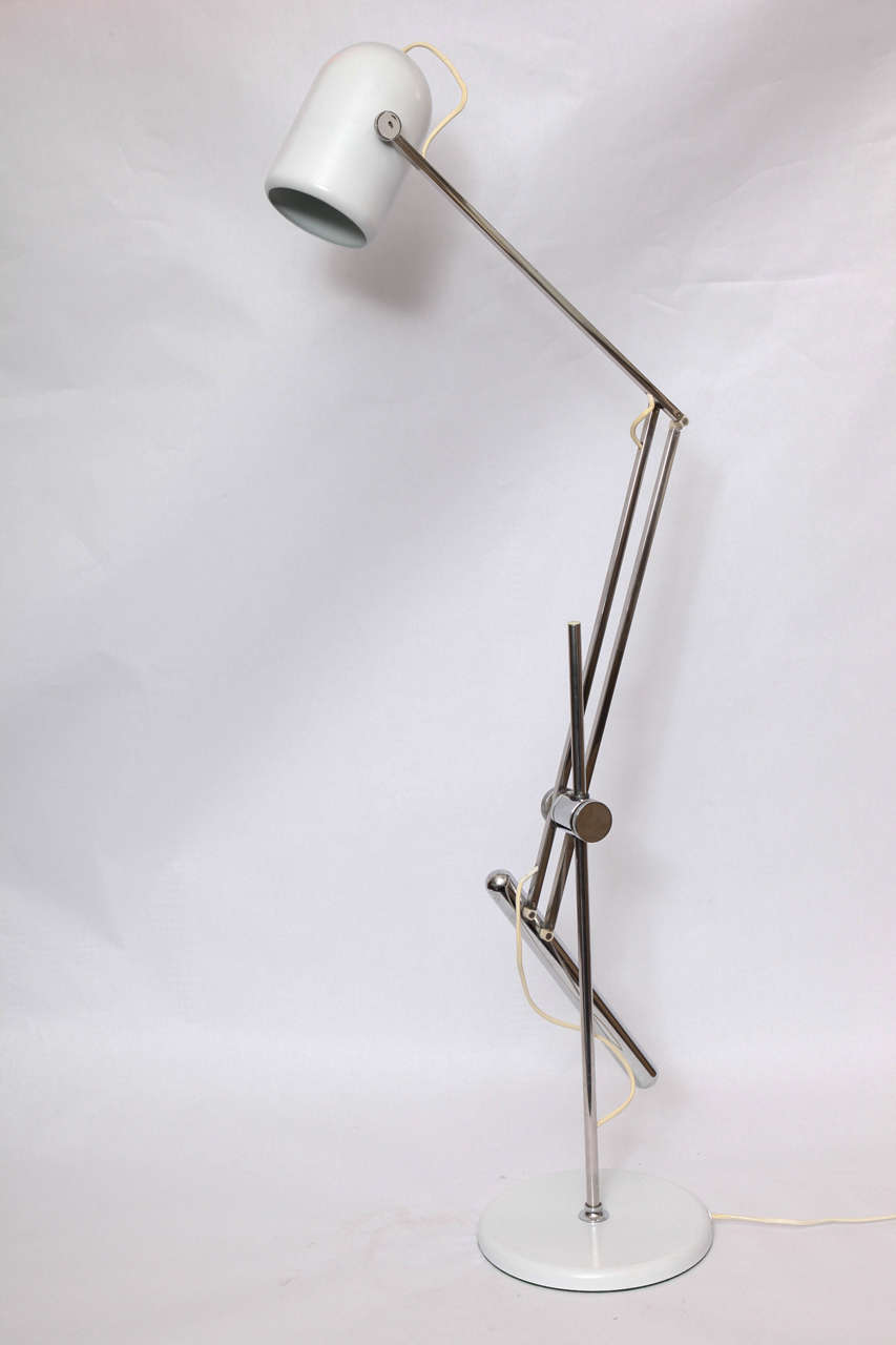Mid-Century Modern  Reggiani Articulated Table Lamp Mid Century Modern Italy 1960's For Sale