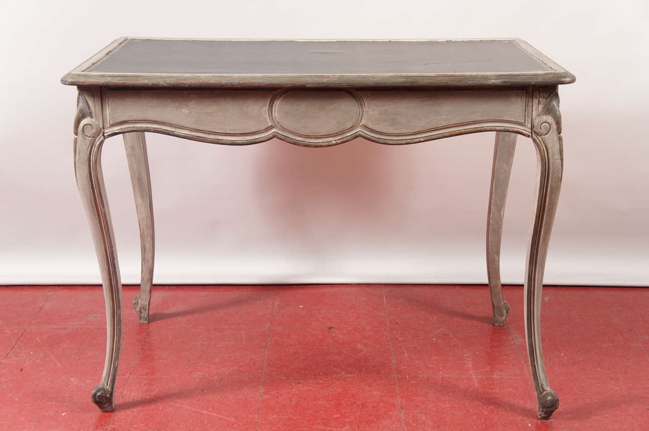 French-Style Writing Desk/Lamp Table at 1stdibs