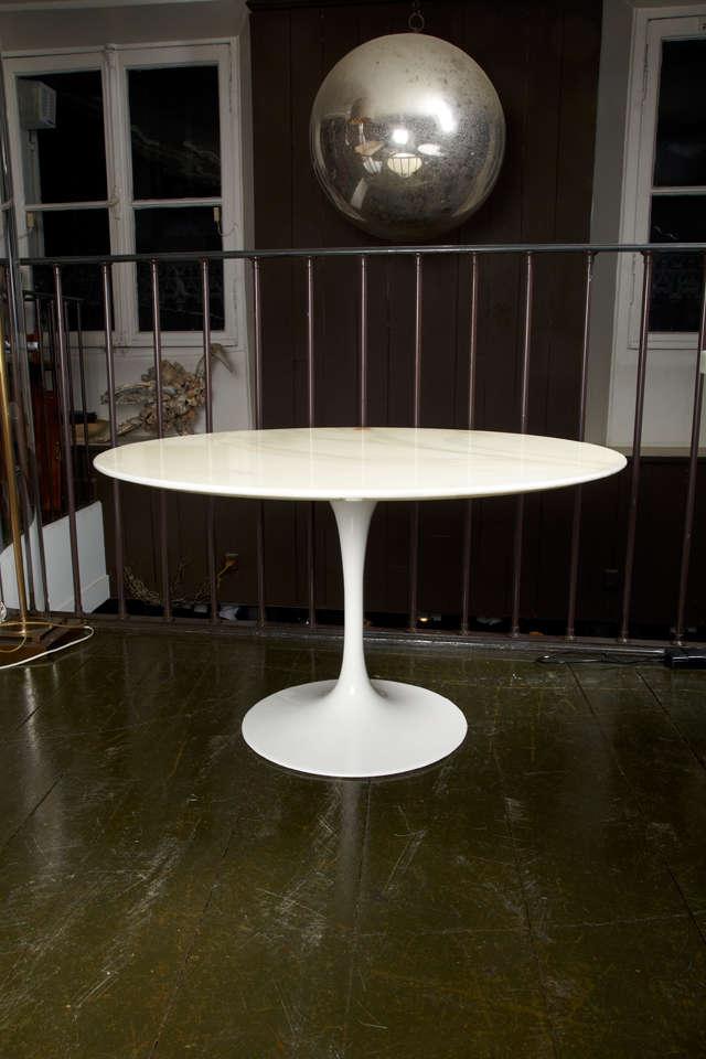 Eero Saarinen Tulip Coffee Table By Knoll At 1stdibs