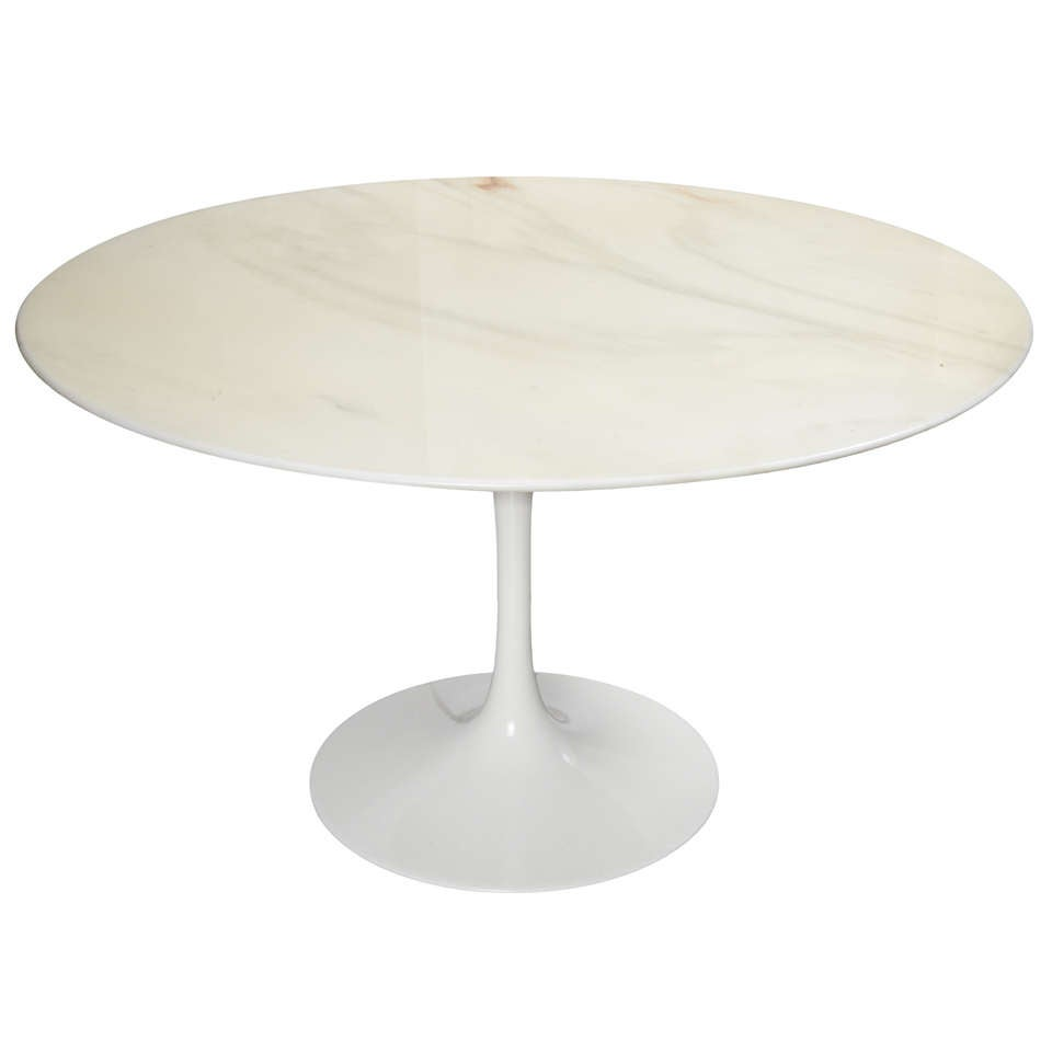 Eero Saarinen Tulip Coffee Table By Knoll At 1stdibs