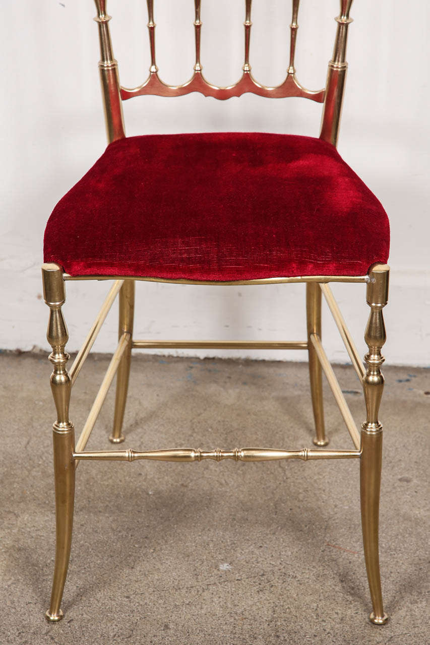 Polished Brass Chiavari Chairs with Red Velvet, Italy For Sale 1