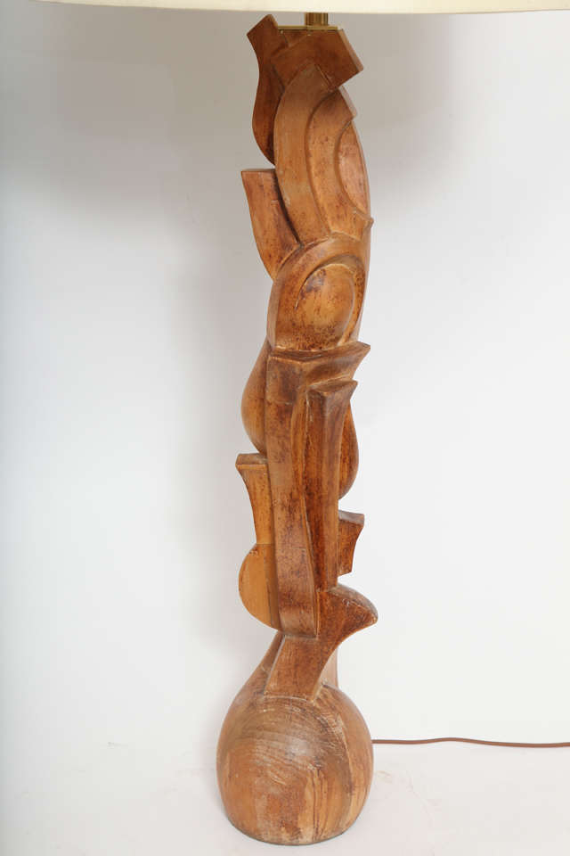 1940s Italian Futurist Hand-Carved Wood Table Lamp For Sale 1