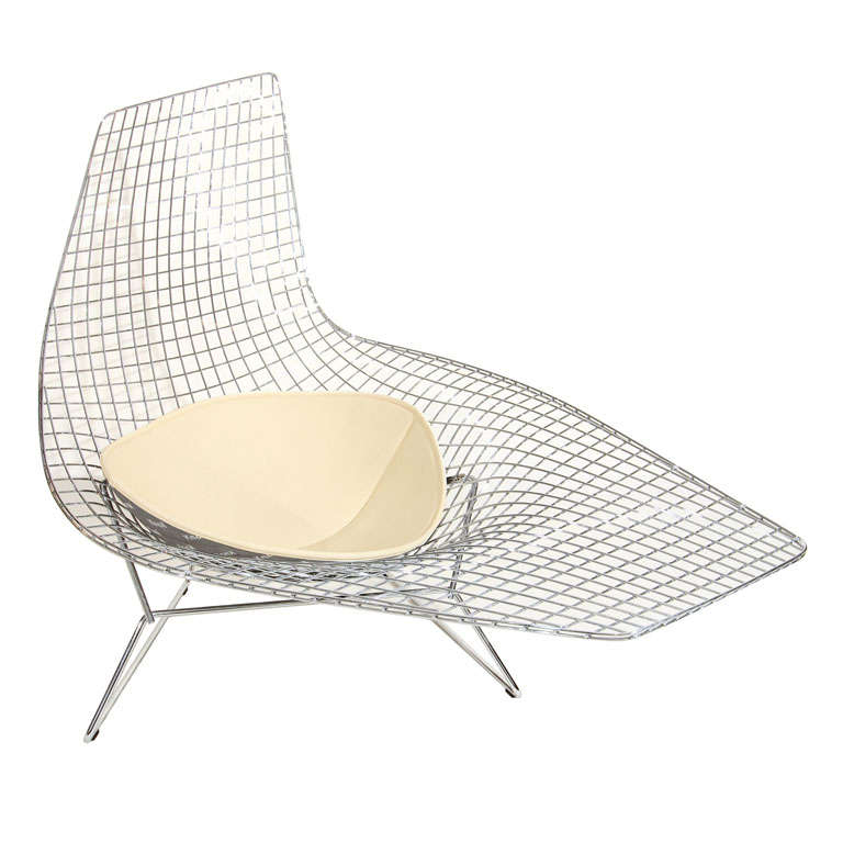 Bertoia asymmetric chaise by knoll at 1stdibs for Bertoia asymmetric chaise