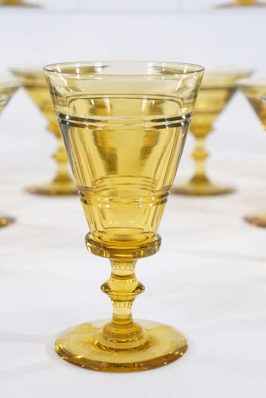 Steuben art deco topaz handblown crystal 72 piece table - Service de table complet 72 pieces ...