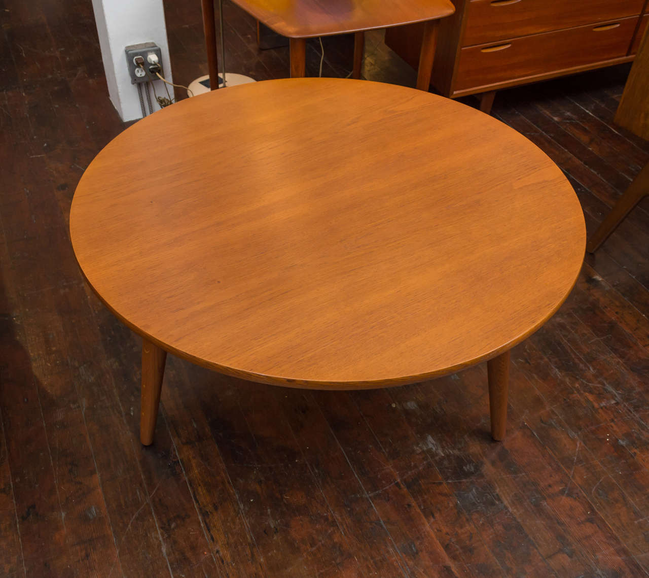 Hans J Wegner Coffee Table In Excellent Condition For Sale In San Francisco, CA