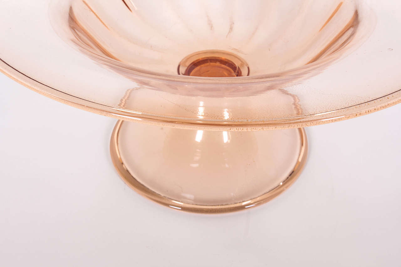 Early 20th Century Venini Glass Bowl Infused with Gold Leaf from the late 1920s For Sale